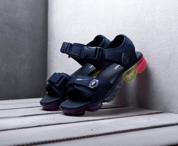 Сандали Nike black