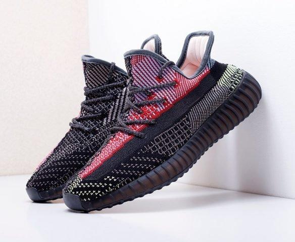 Adidas Yeezy 350 Boost v2 black-red