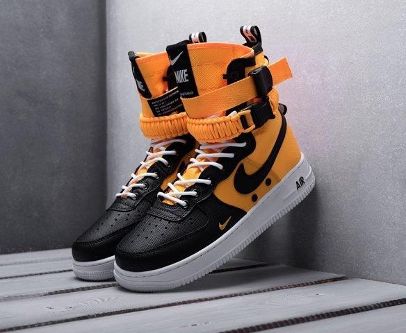 Nike SF Air Force 1 черные с оранжевым