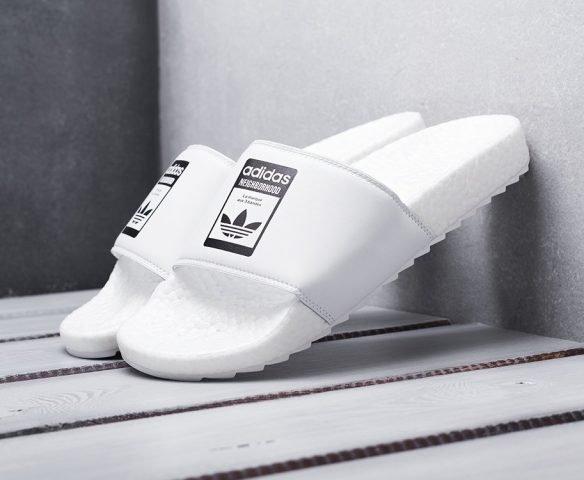 Сланцы Adidas белые с черным