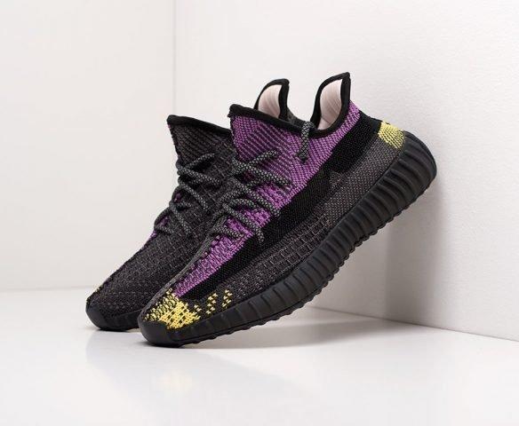 Adidas Yeezy 350 Boost v2 черные с фиолетовым