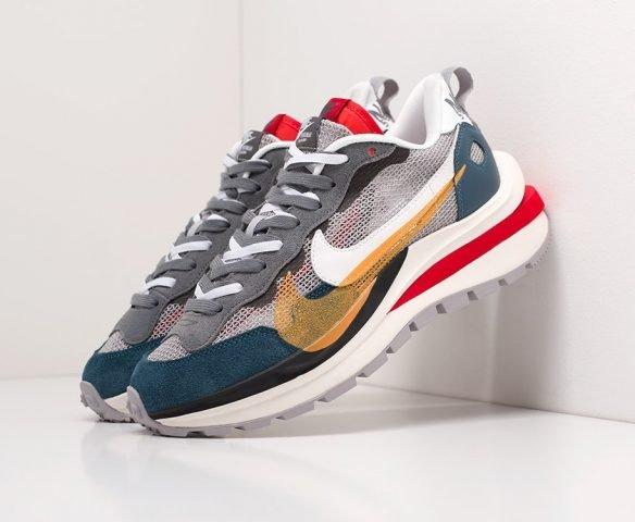 Sacai x Nike Vapor Waffle multicolored