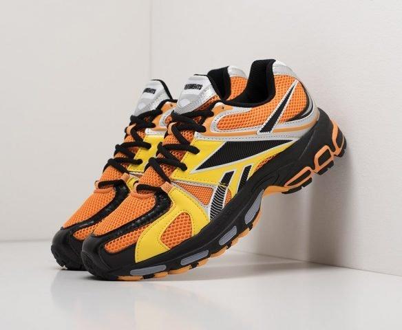 Vetements x Reebok Spike Runner 200 orange