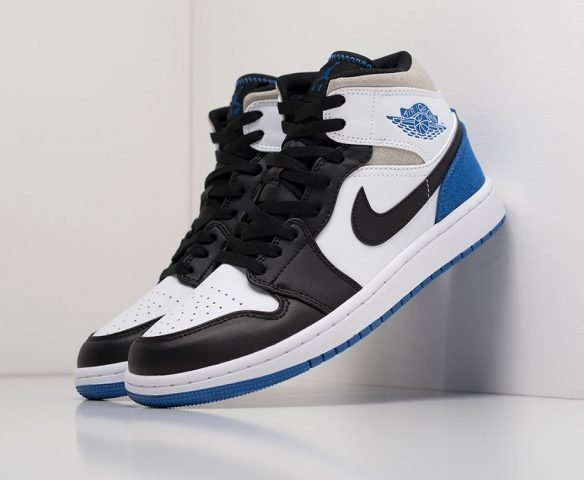 Nike Air Jordan 1 leather белые