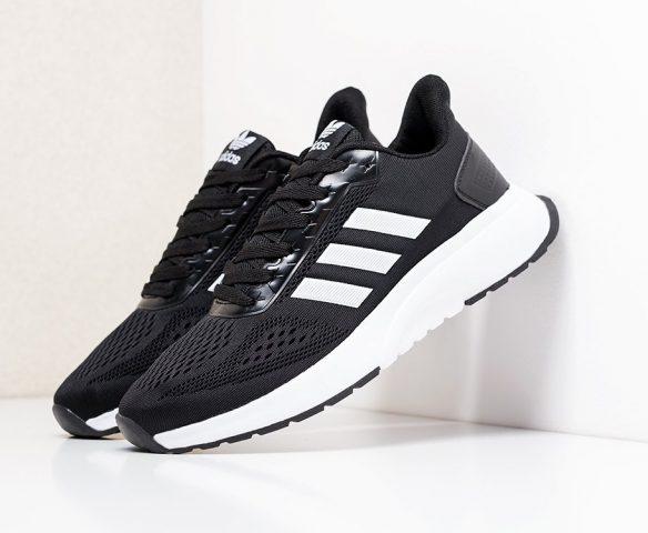 Adidas Cloudfoam черно-белые