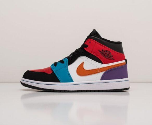 Nike Air Jordan 1. Вид 6
