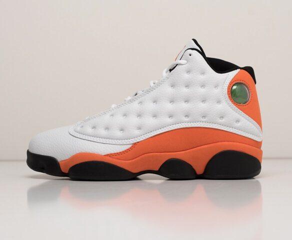 Nike Air Jordan 13 Retro белые. Вид 2