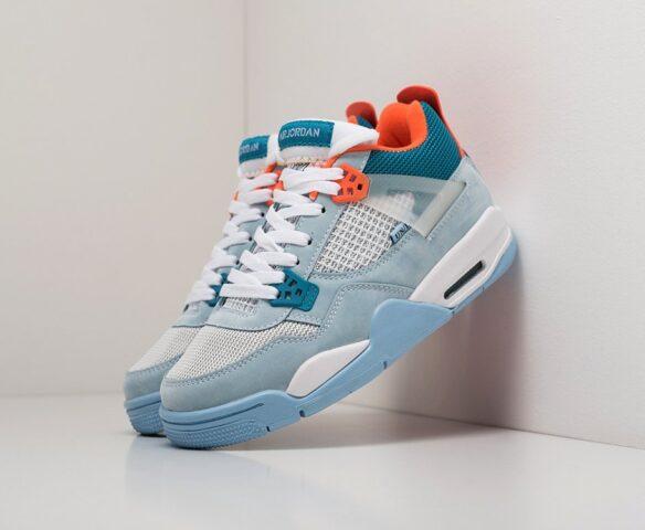 Nike Air Jordan 4 Retro голубой. Вид 1