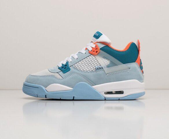 Nike Air Jordan 4 Retro голубой. Вид 2