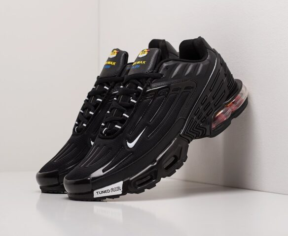Nike Air Max Plus 3 черные. Вид 1