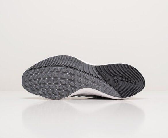 Nike Air Zoom Vomero 15 серые. Вид 4