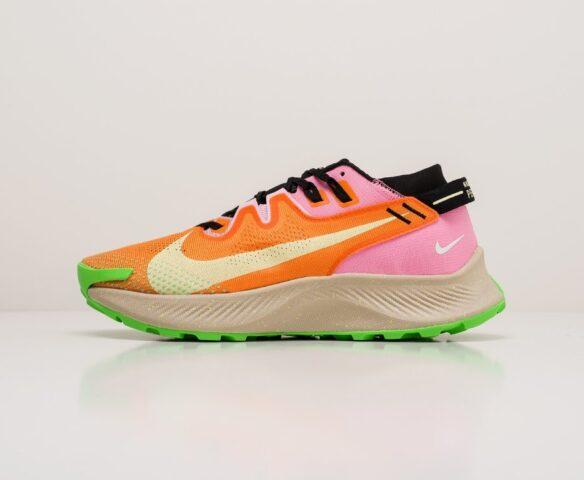 Nike Pegasus Trail 2 оранжевые. Вид 2