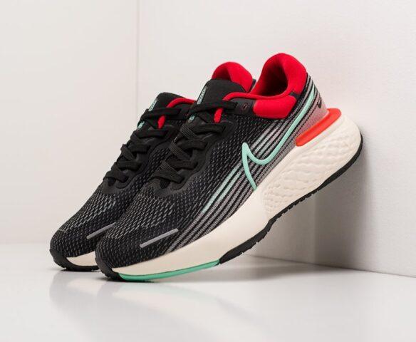 Nike ZoomX Invincible Run Flyknit. Вид 1