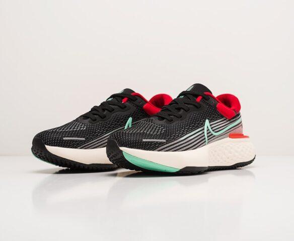 Nike ZoomX Invincible Run Flyknit. Вид 3