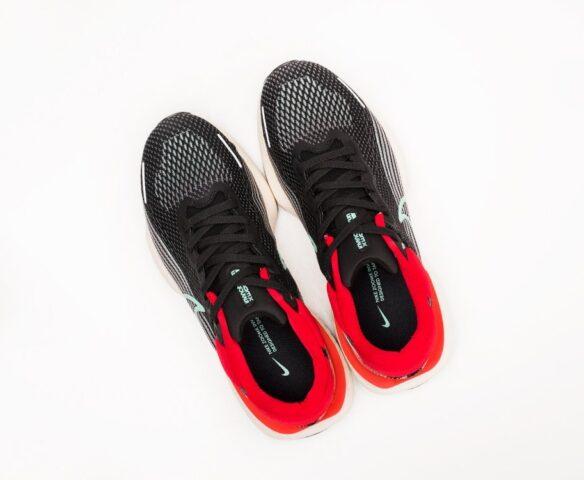 Nike ZoomX Invincible Run Flyknit. Вид 6